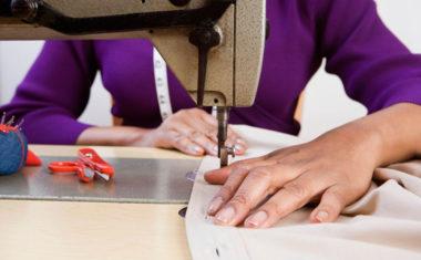 Ao montar sua confecção, lembre-se de divulgá-la através das etiquetas para roupas