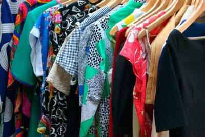 Como reconhecer um bom produto têxtil através das etiquetas bordadas