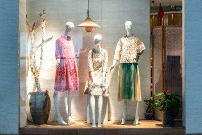 Vitrines bem decoradas: 5 dicas que podem aumentar em até 25% os visitantes na sua loja!