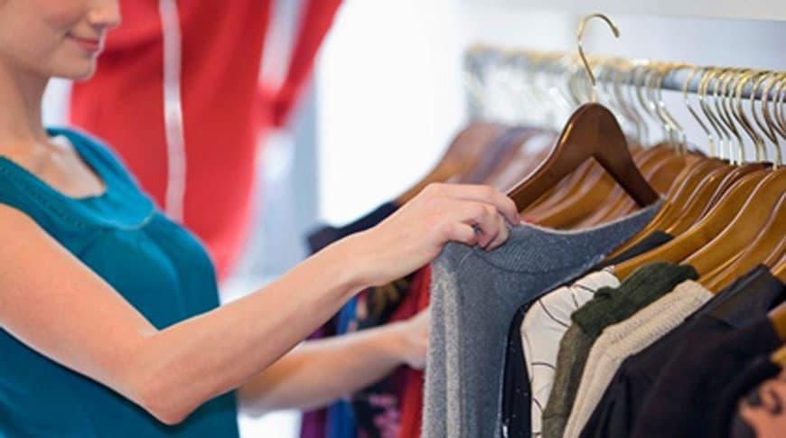 Como se vestir bem gastando pouco | Sansil Etiquetas Bordadas