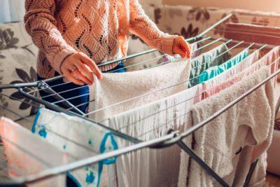 8 dicas de como secar roupas em dias chuvosos!